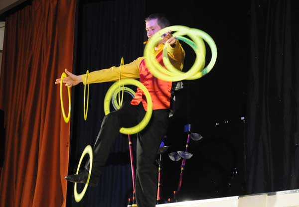 Durham Juggling Convention show